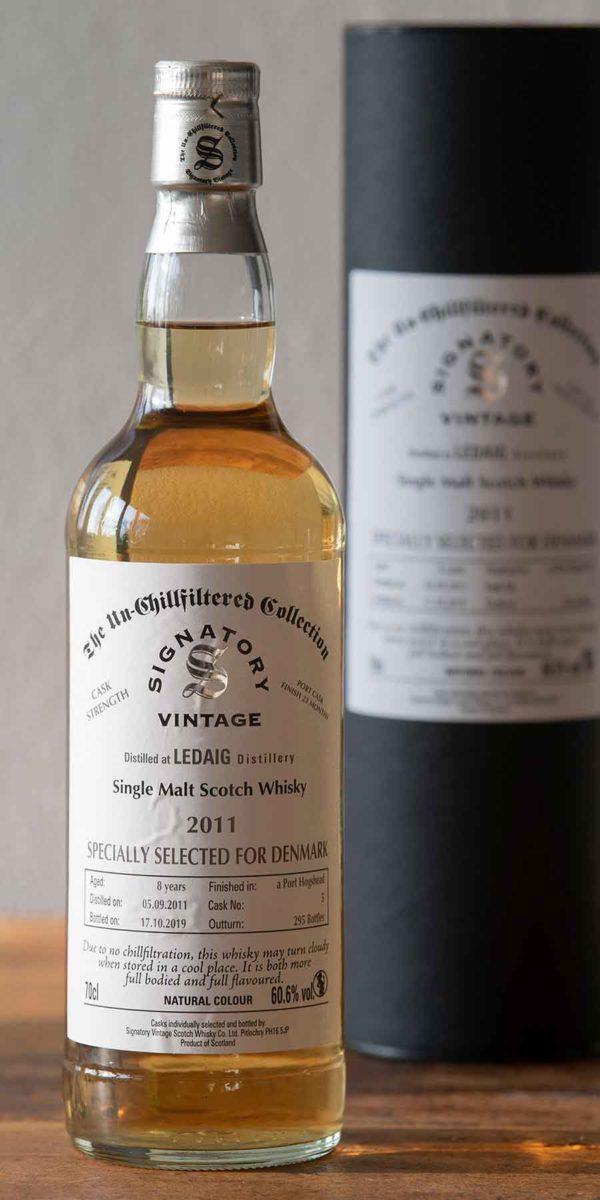 Fioniaflasken, whisky, Skotland, single malt, single cask, single grain, Islay, scotch whisky, Speyside, Highland, The islands, Campeltown, American oak, French oak, bourbon cask, sherry cask, gin, rom.